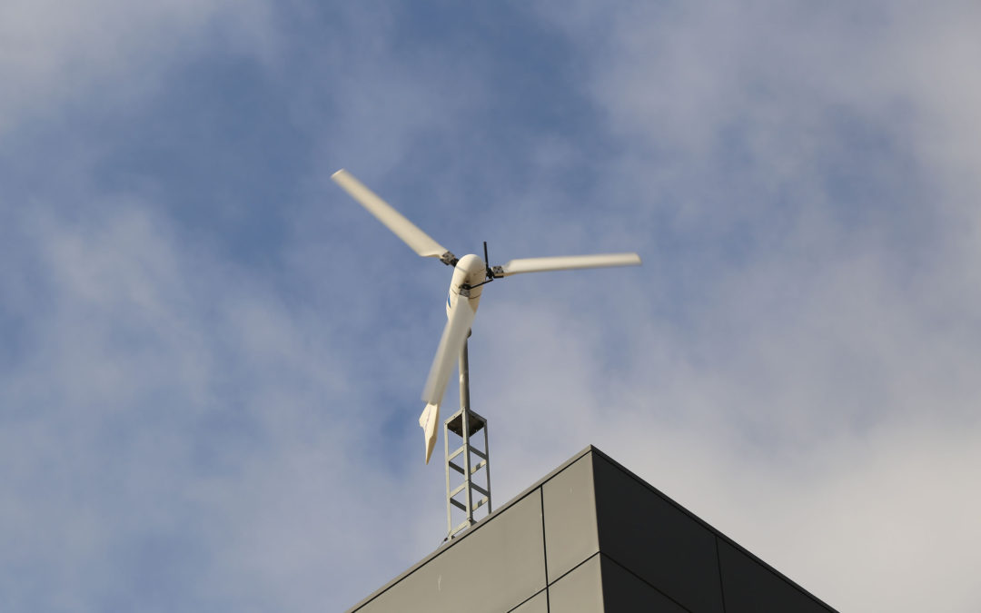 Energía solar y aerogeneradores